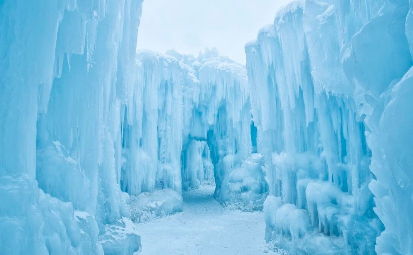 YEG's Majestic Ice Castle is Back!